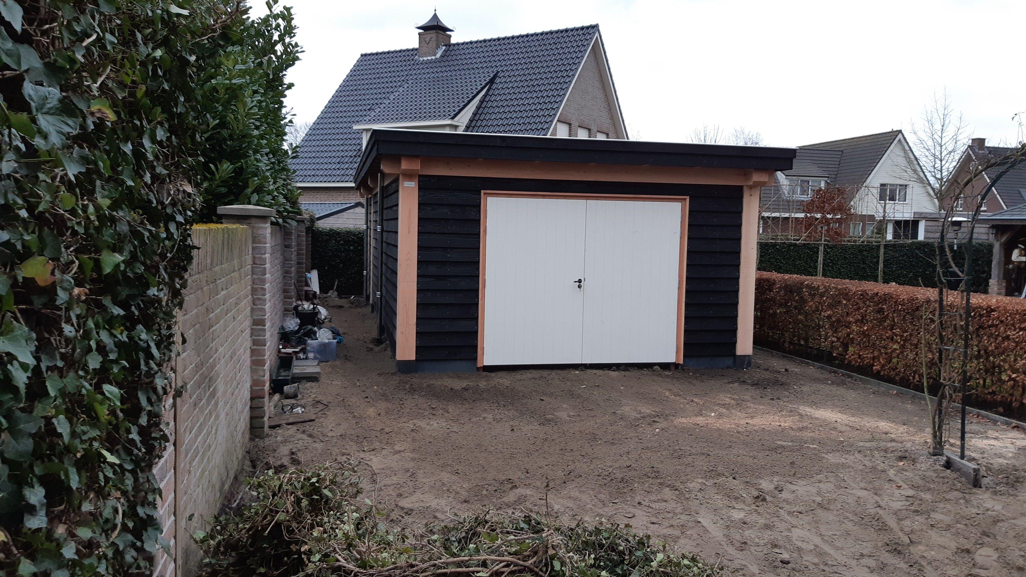 Douglas Garage met Berging Roosendaal 981